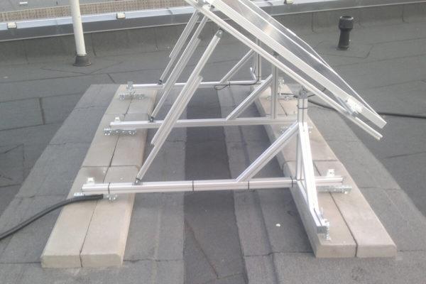 Tartu linnas päikesepaneelide paigaldus